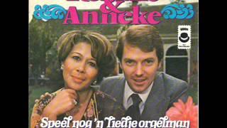 Anneke Gronloh en Ronnie Tober-Speel nog een liedje orgelman
