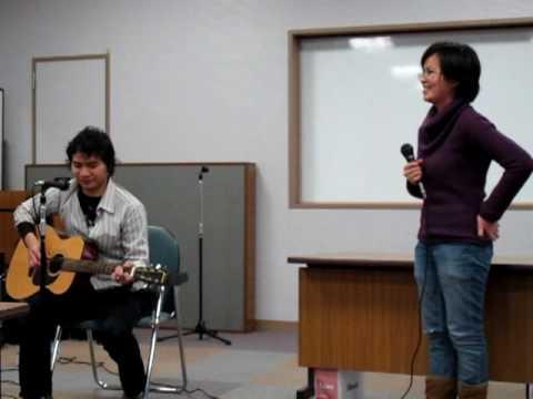 Pertemuan PPI Sendai Maret 2010 : Karaoke session, starring Anin featuring Intan