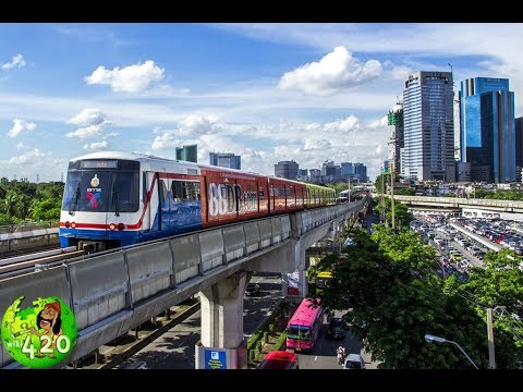 Travel on BTS Train to visit  Bangkok city 21 February 2018