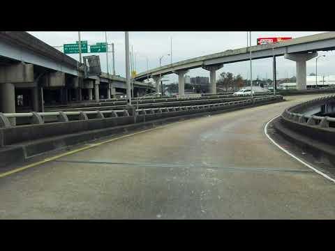 Pontchartrain Expressway (Interstate 910/US 90 BUSINESS Exit 13) westbound/inbound