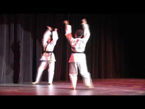 Intel Variety Show 2012 Act 2 Performance 2: Taekwondo Musical Form --