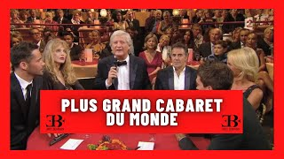 """Le magicien Eric Borner fait apparaitre des cartes au """"Plus grand cabaret du monde"""""""