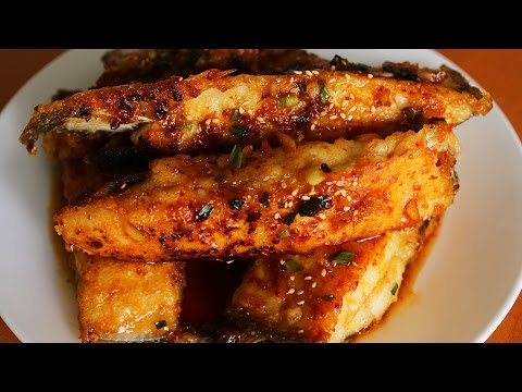 Seasoned Pan Fried Flatfish (Gajami Yangnyeom-twigim: 가자미 양념튀김)