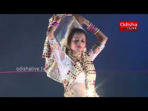 Lavani Nrutya - by Pramila Kautikrao Suryawanshi and Group, Maharastra