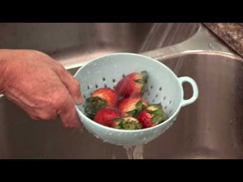 Safe Produce: Keep It Clean