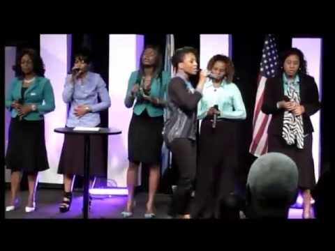 Dena Mwana et Les vrais adorateurs SD