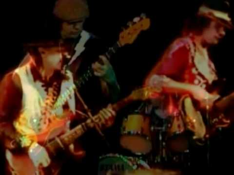 LETTER TO MY GIRLFRIEND STEVIE RAY VAUGHAN DOUBLE TROUBLE 1983 KUT-AUSTIN RADIO.wmv
