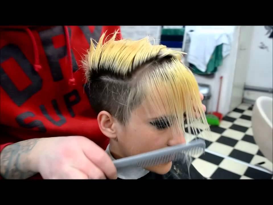 New Hair Style For Girl 2014   By Deki