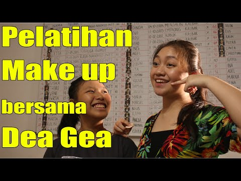 Pelatihan Make-up bersama Dea Gea