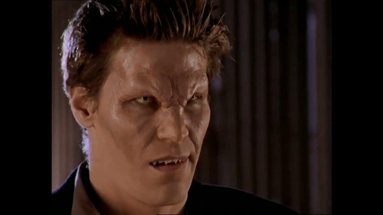 Buffy 2x14 - Angelus Returns - YouTube