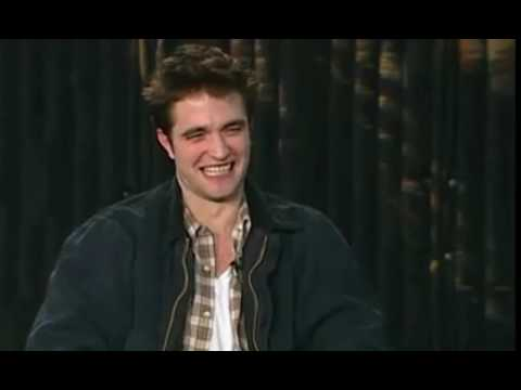 Robert Pattinson Talks About Playing Piano On The Set