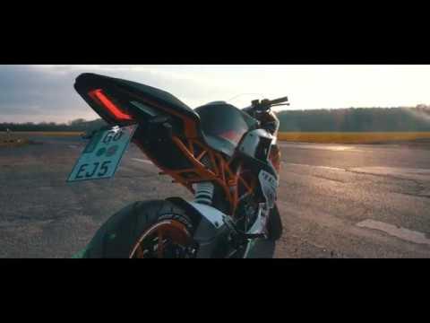 KTM FAMILY - New KTM RC 125 [Bike Porn - 2018]