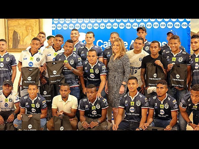 Reconocimiento al Campeón Tauro F.C.
