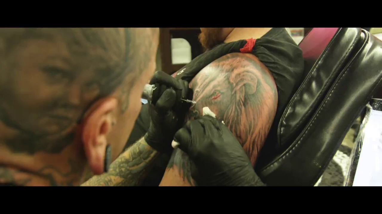Artistic Encounter | Tattoo Shop
