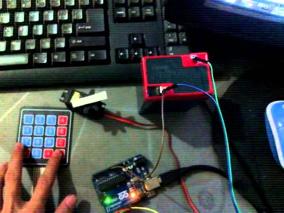Servo motor angle control with keypad arduino b z