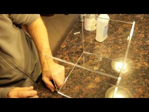 Gluing Plexiglass with Acrylics Glue