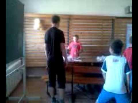 Издеваются молодым мальчиком видео фото 415-918