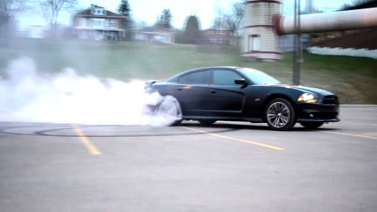 2012 Dodge Charger Srt8 Burnout Video Youtube