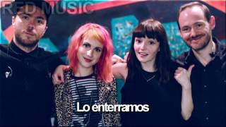 CHVRCHES feat. Hayley Williams - Bury It - /En Español/