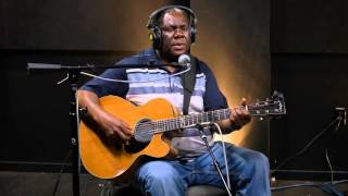 Acoustic Africa Featuring Vusi Mahlasela Ubuhle Bomhlaba Live on KEXP.mp3