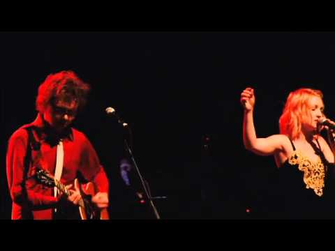 Kate Miller-Heidke 'Caught In The Crowd' Live At The Warfield San Francisco