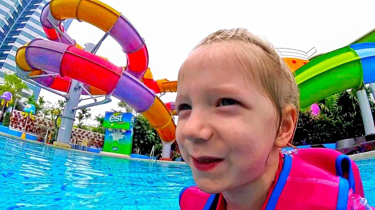 Аквапарк в БАНГКОКЕ Из Мультик ПОРОРО Пингвин Большие горки для семьи купаемся и катаемся Family Box