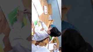 Belajar Menganyam dengan kertas warna