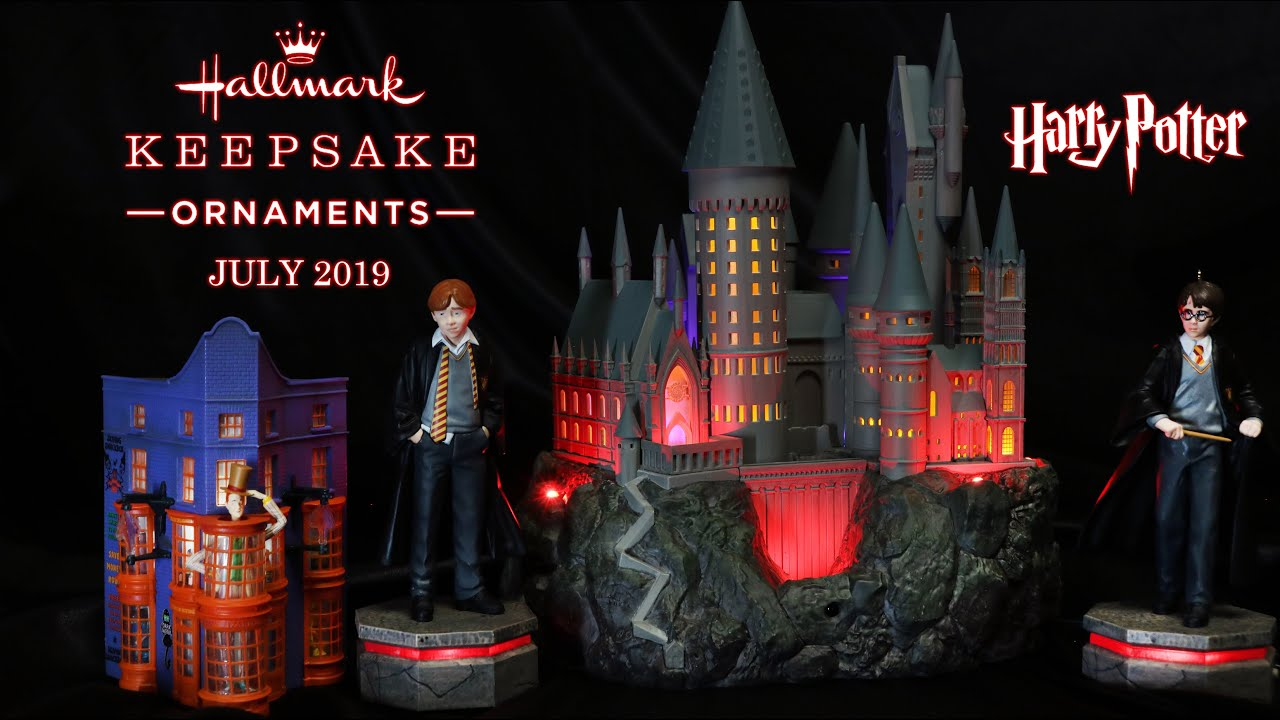 Hallmark Christmas In July 2019 Ornaments.Harry Potter Hallmark Collection Hogwarts Castle Harry And Ron Storyteller Ornaments July 2019