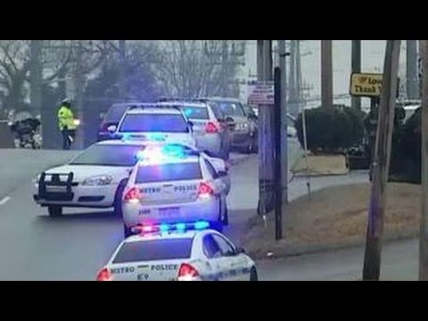 Officer shot serving warrant in Tenn.