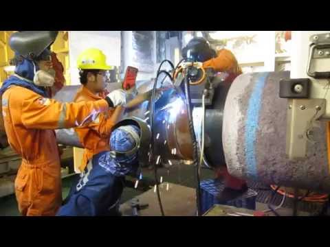 Pipeline laying with automatic welding machine Part #1 HD