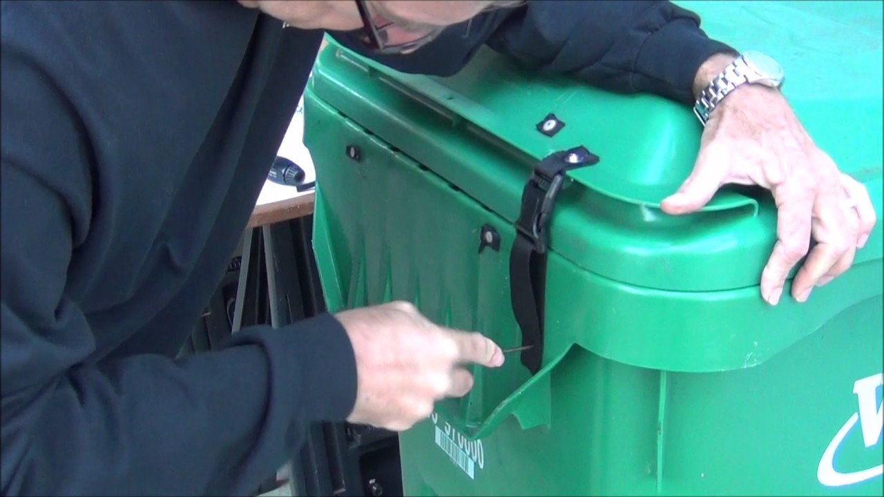 How To Make Most Trash Cans Bear Resistant Youtube