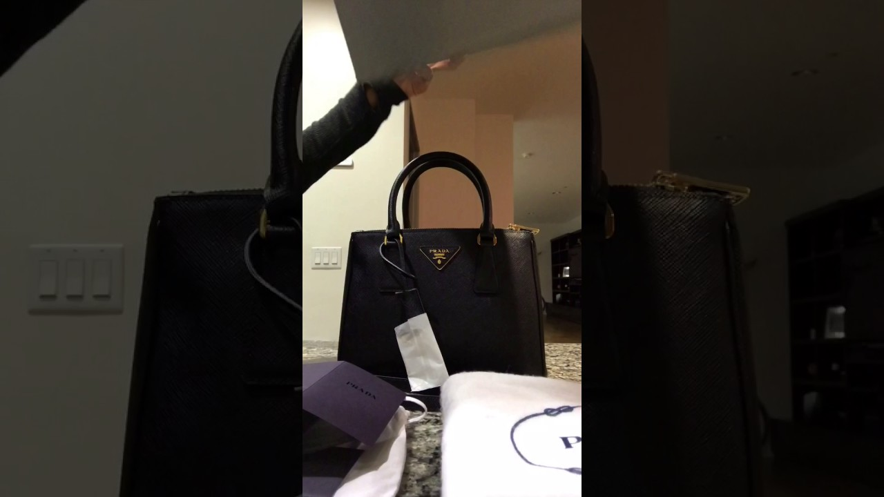 3e6b46c8c7b2 Prada Galleria Double Zip Small Saffiano Leather Tote 1BA896 - Review