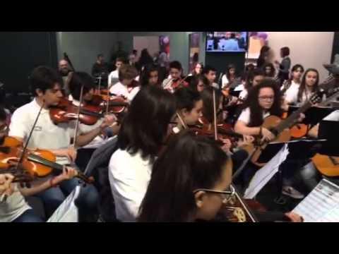 L'orchestra della Scuola Pascoli al Salone del Libro di Torino