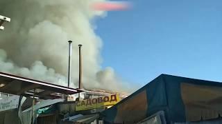 В Нальчике горит рынок Центральный 16.04.2018 . Полная версия .