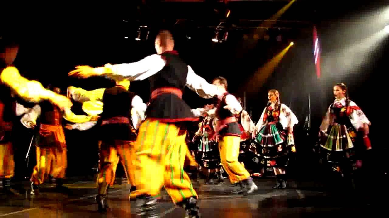 Danses folkloriques polonaises au festival de musiques - Musique danse de salon gratuite ...