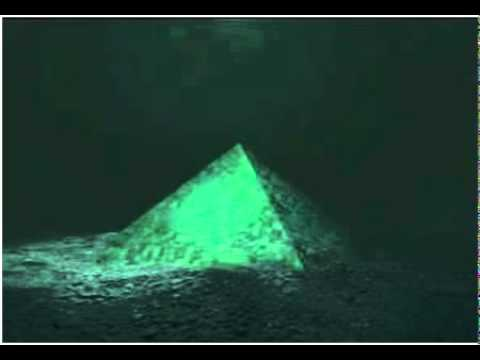 Where Do UFOs Come From? Do They Come From The Bermuda ... |Pyramid Bermuda Triangle