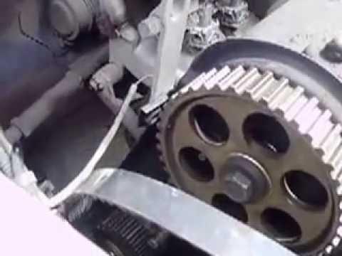 Ролик Замена ремня ГРМ 8 клапанный двигатель ВАЗ 2114, 2115. Выставление зажигания по меткам.