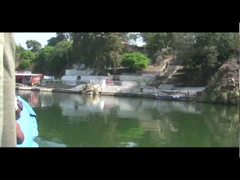 Bhedaghat Of Narmada River Internal Tour by motor boat  with Guide commentary 05.vob