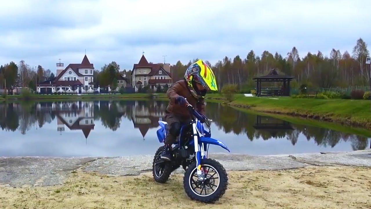 Senya and his Motorcycle Stunts for Kids