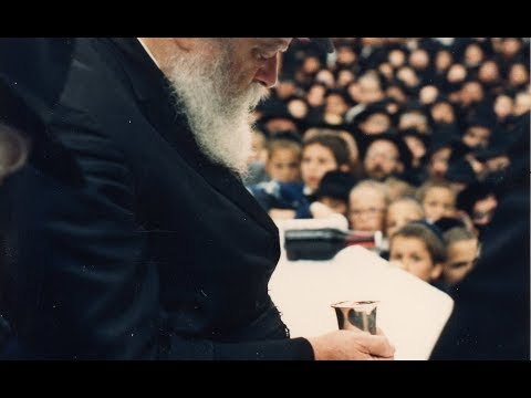 Making Kiddush on mashke what is the Rebbe's opinion?