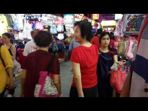 malioboro-nya-singapore,-bugis-street