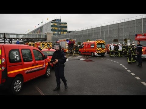 French officials: Man killed at Paris airport