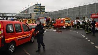 French officials  Man killed at Paris airport