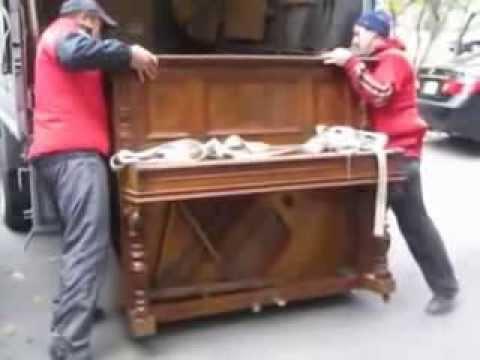Пианино по лестнице