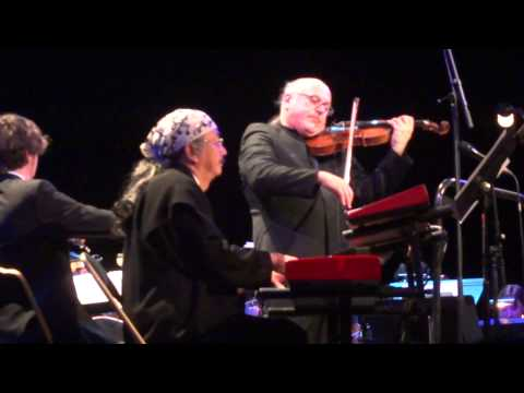 Dark World Nobuo Uematsu ft. Arnie Roth - Distant Worlds: Music from Final Fantasy - Paris 12/1/2013