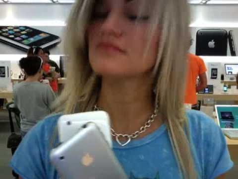 FINALLY GOT AN IPHONE!! | iJustine