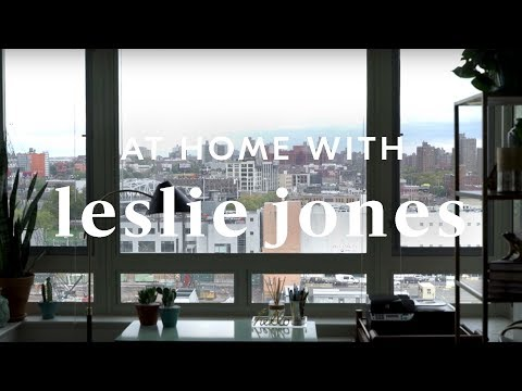 Leslie Jones's Amazing NYC Apartment Makeover
