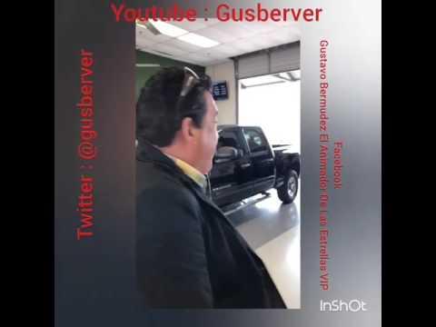 Gusberver comprando carros en la subasta de Houston Tx