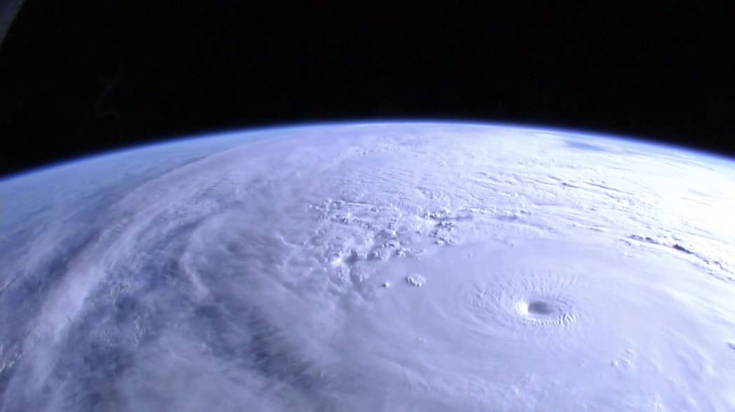 Hurricane Vance Captured By Space Station S Earth View Cam