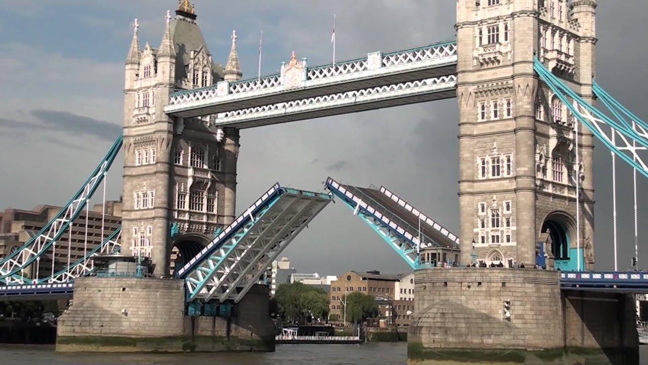 倫敦鐵塔橋垮下來 - YouTube